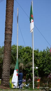 hissé de drapeau